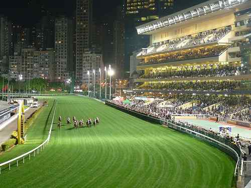 happy-valley-hong-kong5-lores1